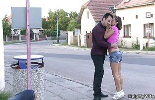 الدهون امرأة افلام سكس اجنبية مترجمه روسية في جوارب دلو المطاط ديك في بلدها L.