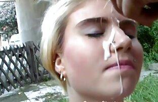 رجل وضع افلام اجنبية مترجمة إباحية ناضجة العاهرة في ثوب في rimjob